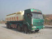 红岩牌CQ5313GFLTMG366型粉粒物料运输车