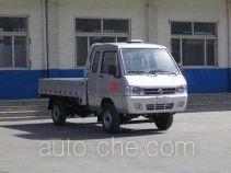 东风牌DFA1020L40QD-KM型轻型载货汽车