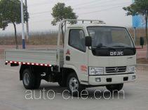 东风牌DFA1020S30D2型轻型载货汽车