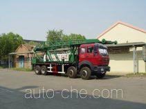 Vertical mounting derrick truck