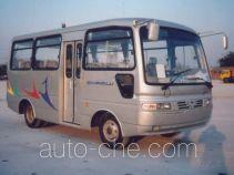 长鹿牌HB6606E型客车