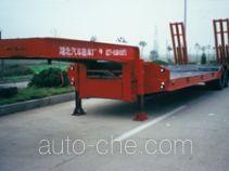 中通牌HBG9330T型低平板半挂车