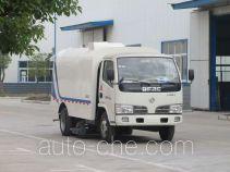 华通牌HCQ5070TXC4型吸尘车