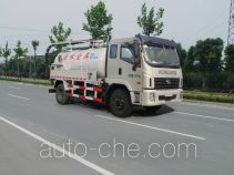 Huatong HCQ5161GXWB sewage suction truck