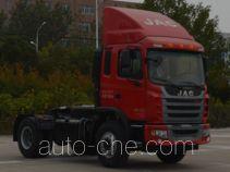 江淮牌HFC4181P3K3A35S2V型牵引汽车