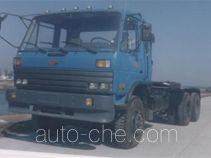 楚风牌HQG4240GD型牵引汽车