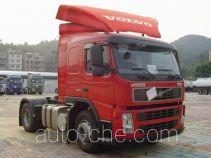 沃尔沃(VOLVO)牌JHW4180F35B1T型牵引汽车