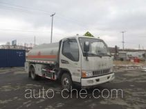 Luping Machinery LPC5070GJYH5 fuel tank truck