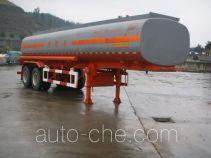 陆氏牌LSX9300GHY型化工液体运输半挂车