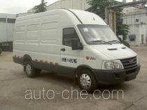 Iveco NJ5044XXY5C box van truck