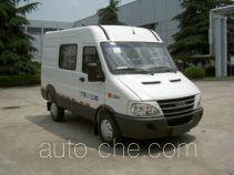Iveco NJ5045XXYQ2D box van truck