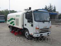 Qingte street sweeper truck