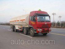 龙锐牌QW5310GYY型运油车
