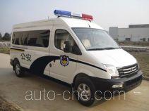 SAIC Datong Maxus SH5043XQCA9D3 prisoner transport vehicle