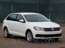 Volkswagen SVW71412AL car