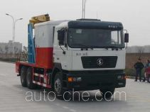 Shacman SX5185TCY well servicing rig (workover unit) truck