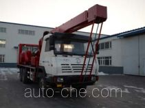Zhonghua Tongyun TYJ5230TCY lead-type oil production truck