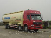 武工牌WGG5318GFLZ型粉粒物料运输车