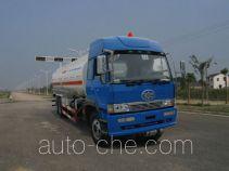 瑞江牌WL5254GHY型化工液体运输车