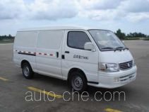 Golden Dragon XML5035XXY15 box van truck
