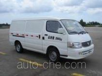 Golden Dragon XML5035XXY28 box van truck