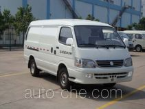 Golden Dragon XML5035XXYA8 box van truck