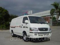 Golden Dragon XML5036XXY28 box van truck