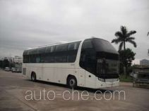 Golden Dragon XML6128J18W sleeper bus