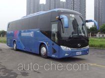 金龙牌XMQ6113BYPHEVD4型混合动力客车