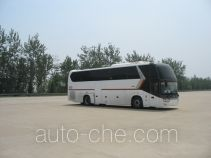 金龙牌XMQ6129EY4D型客车