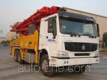 徐工牌XZJ5334THB型混凝土泵车