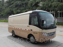 Yutong ZK5040XXY5 box van truck