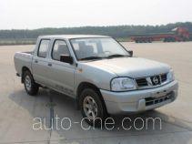 Nissan ZN1033U2G4 pickup truck