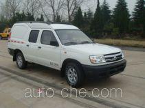 Dongfeng ZN5024XXYH2X4 box van truck