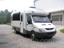 Dongyue ZTQ5060XCXE3 blood collection medical vehicle