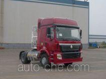 豪运牌ZZ4185V3815C1LH型牵引汽车
