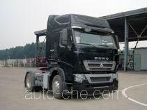 Sinotruk Howo ZZ4187V361MD1H tractor unit
