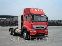 Sida Steyr ZZ4251N3841E1L tractor unit