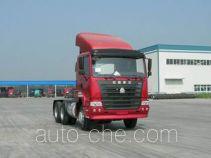 豪运牌ZZ4255N3245C1型牵引汽车
