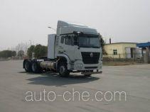 Sinotruk Hohan ZZ4255N3846E1LB tractor unit