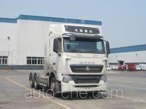 Sinotruk Howo ZZ4257V384HE1LH tractor unit