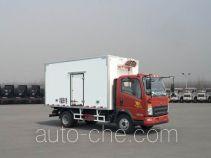 豪沃牌ZZ5107XLCG421CE199型冷藏车