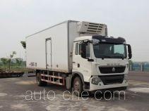 豪沃牌ZZ5187XLCK561GE1型冷藏车