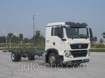 豪沃牌ZZ5187XXYN601GE1型厢式运输车底盘
