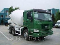 豪泺牌ZZ5257GJBM3841W型混凝土搅拌运输车
