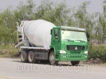 豪泺牌ZZ5257GJBN3241型混凝土搅拌运输车