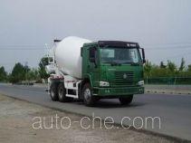 豪泺牌ZZ5257GJBN3648W型混凝土搅拌运输车