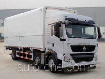 Sinotruk Howo ZZ5257XYKN56CGD1 wing van truck